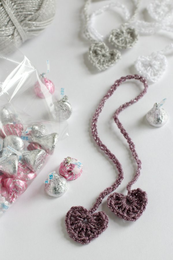 Make Crochet Heart Chain Stitch Ribbons
