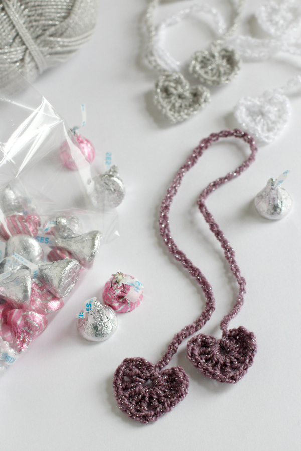 Make Crochet Heart Chain Stitch Ribbons