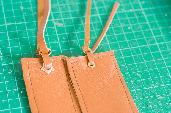 Leather Bookmarks for a Father's Day Gift by Francine Clouden for @makeandtakes.com
