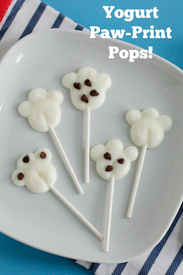 make-yogurt-paw-print-pops