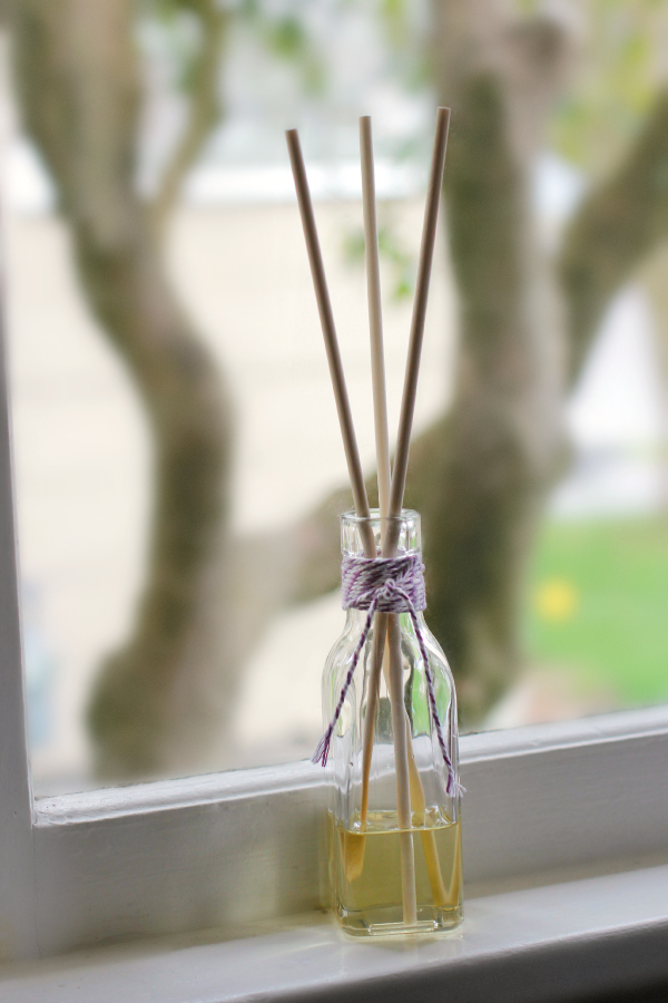 Make a Homemade Aromatherapy Reed Diffuser