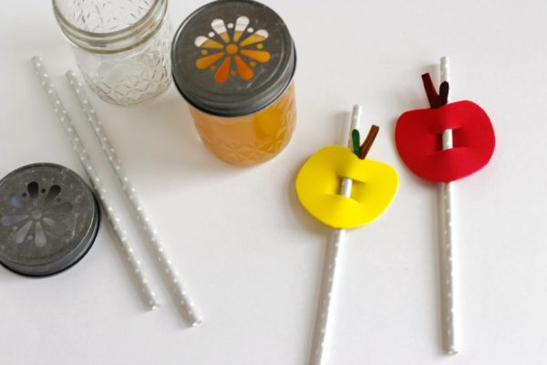 Making Apple Shaped Straw Buddies for Fall