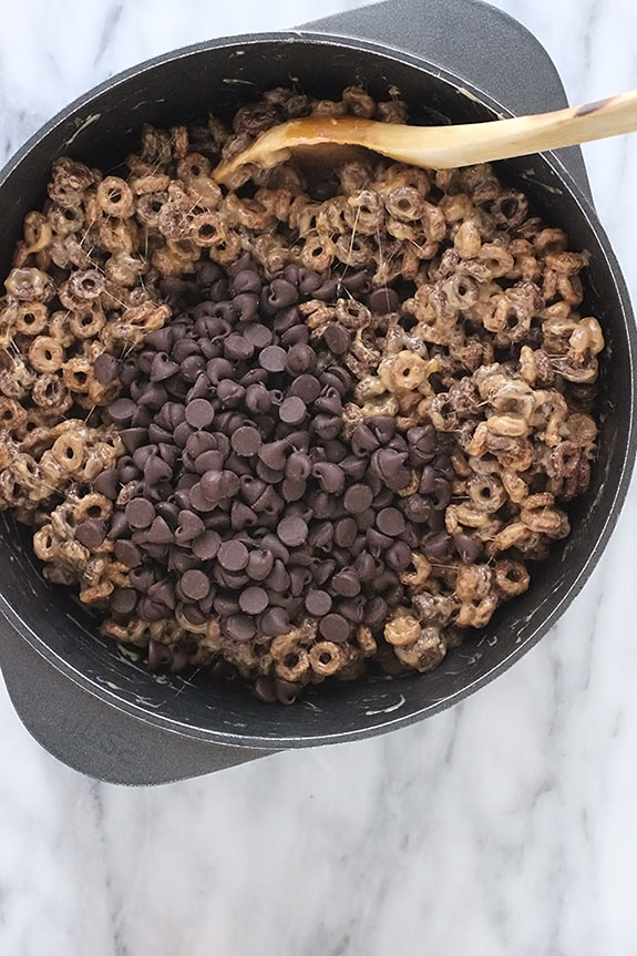 mixing cereal chocolate bars