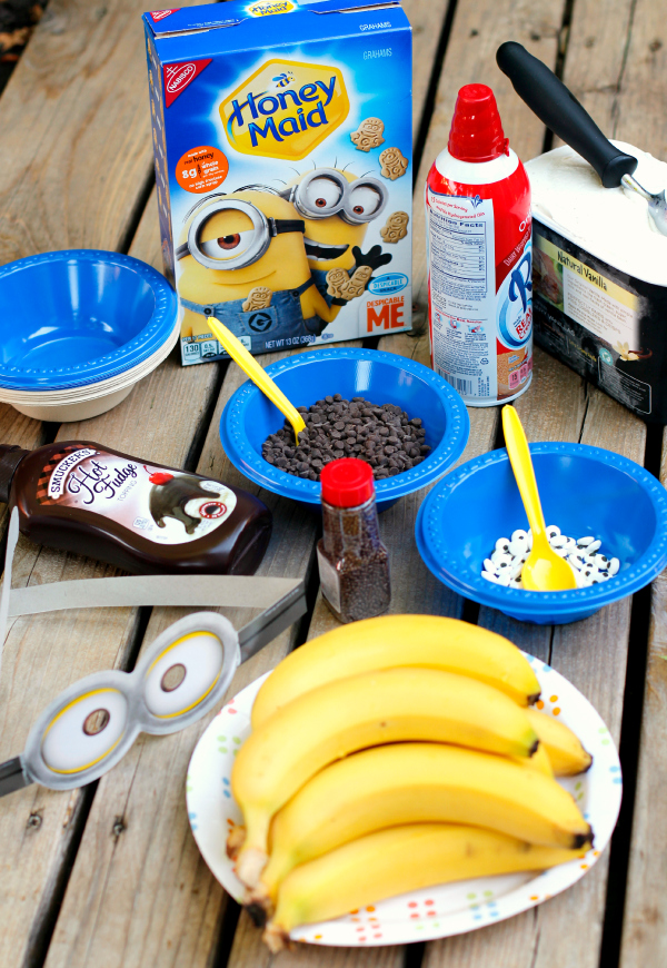 Making Minions Ba-Ba-Banana Ice Cream Sundaes