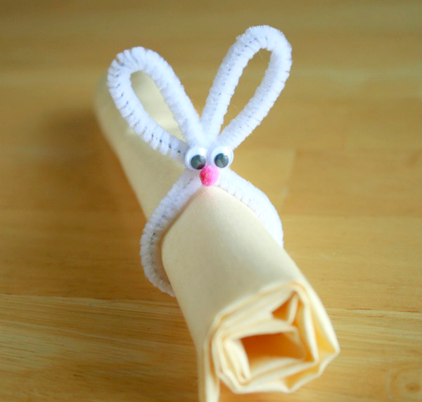 Making a Pipe Cleaner Bunny Napkin Holder