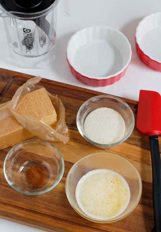 Mini Graham Cracker Crust Pies