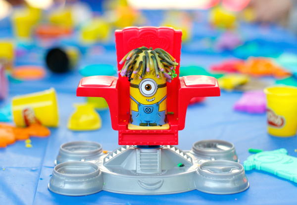 Minions Play-Doh Disguise Lab Set