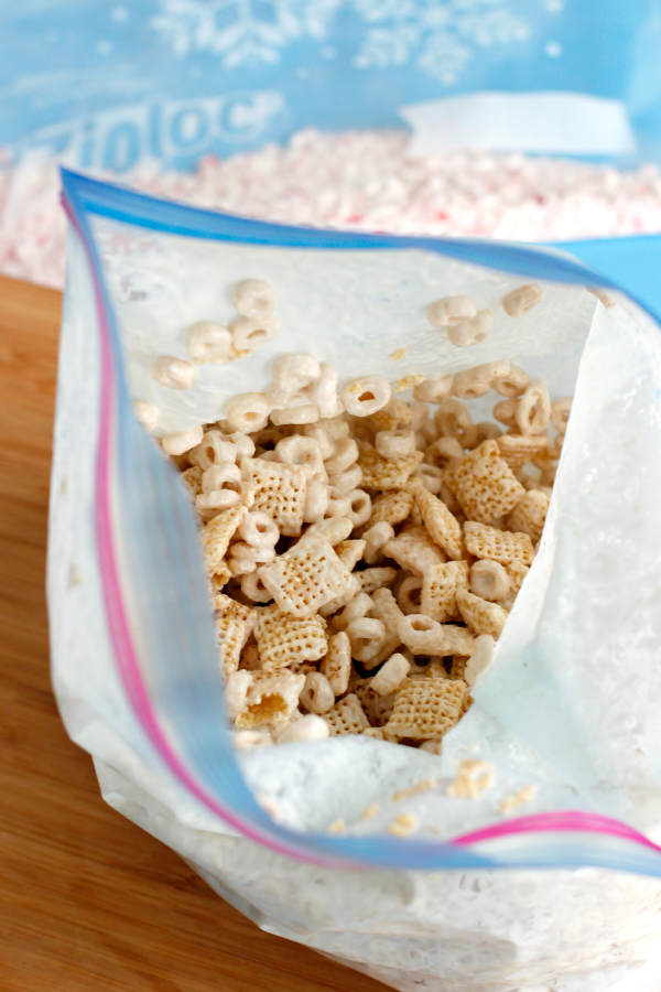 Mix Up a Muddy Buddies Treat