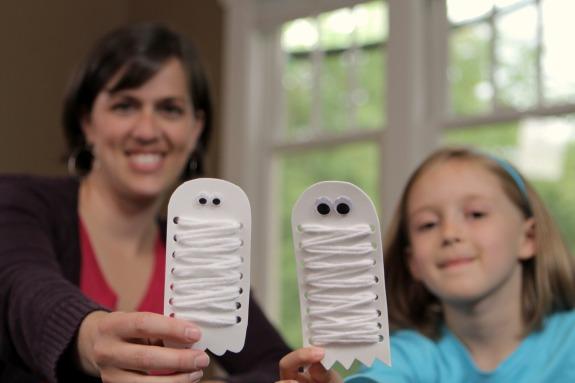 Mummy Ghost Kids Craft makeandtakes.com