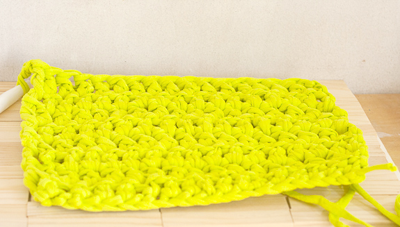Neon Crochet Summer Clutch from T-shirt Yarn by Francine Clouden for Make & Takes-7