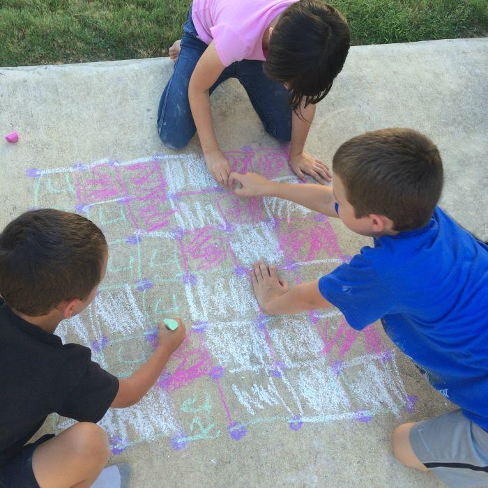 Outdoor Sidewalk Chalk Games for Kids- Dots and Boxes