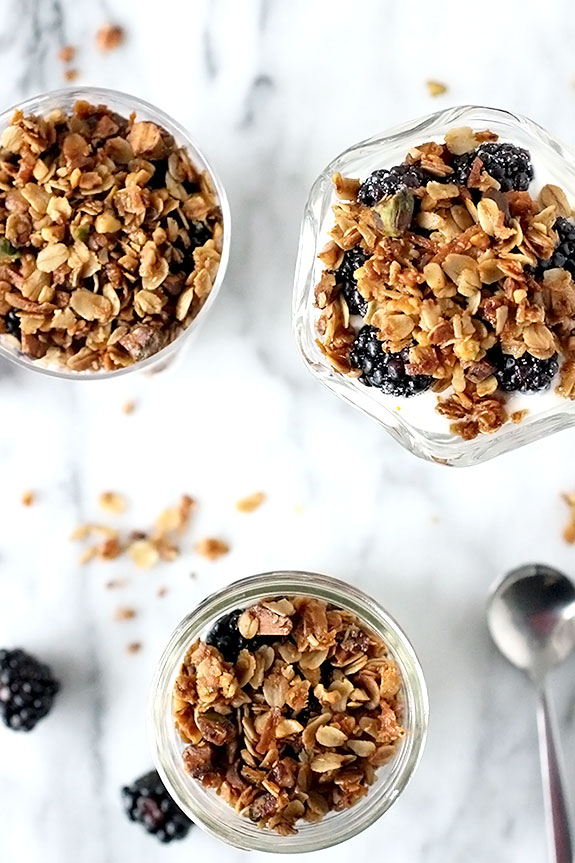 how to make granola for yogurt