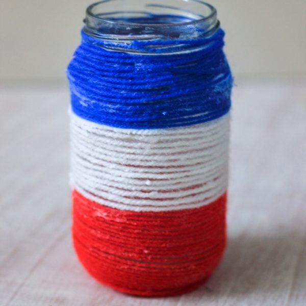 Patriotic Yarn Wrapped Jar craft