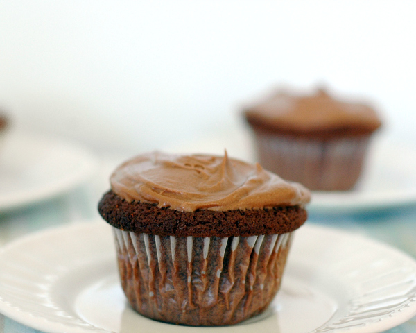 Perfect Chocolate Cupcakes to Bake and Eat
