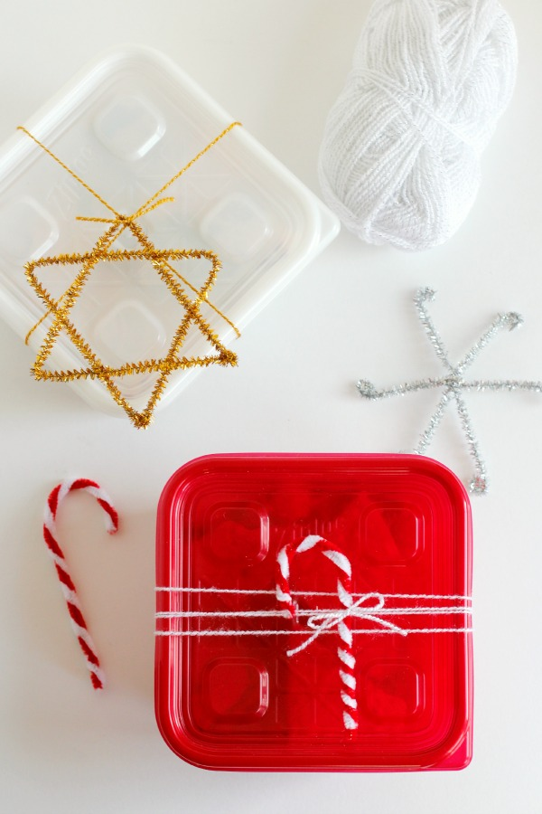 Pipe Cleaner Gift Tags for Neighbor Gifts