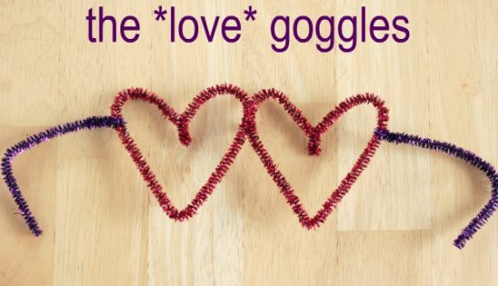 Pipe-Cleaner-Heart-Shaped-Glasses