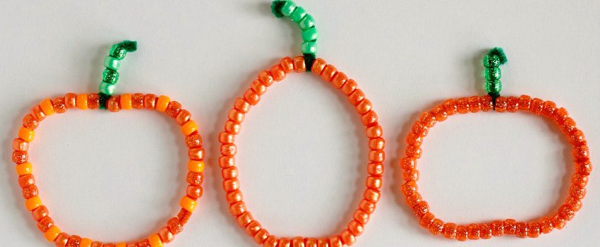 pipe-cleaner-pumpkins-featured