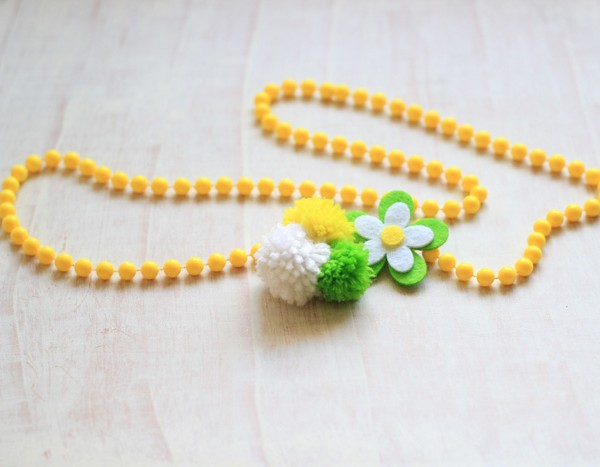 Pom Pom Yarn Necklace
