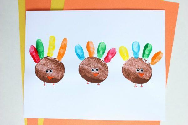 potato print turkey craft for Thanksgiving