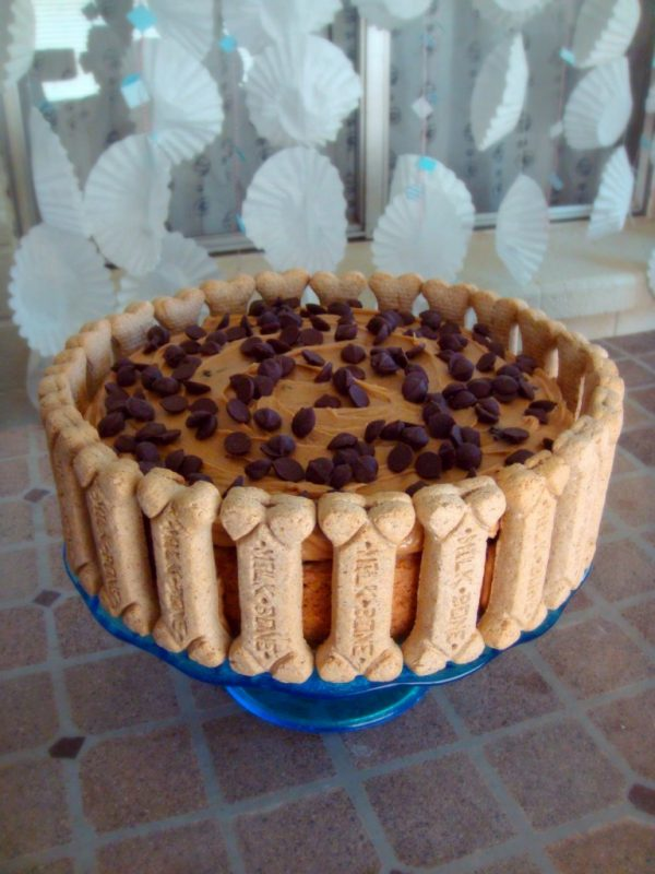 Banana Carob Oat Cake with Peanut Butter Frosting