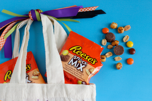 REESE'S Snack Mix treats