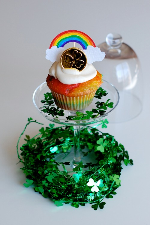 Rainbow Cupcakes And Toppers For St Patrick S Day Make
