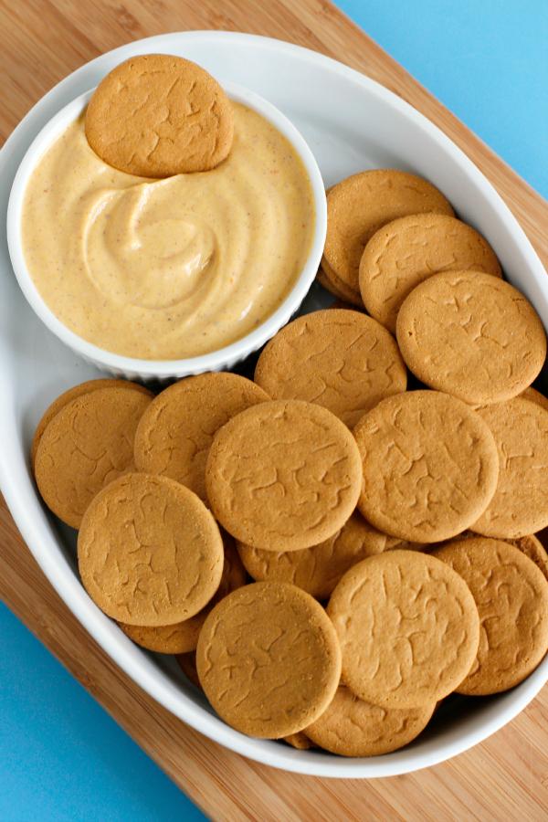 Recipe for Pumpkin Yogurt Dip with Ginger Cookies