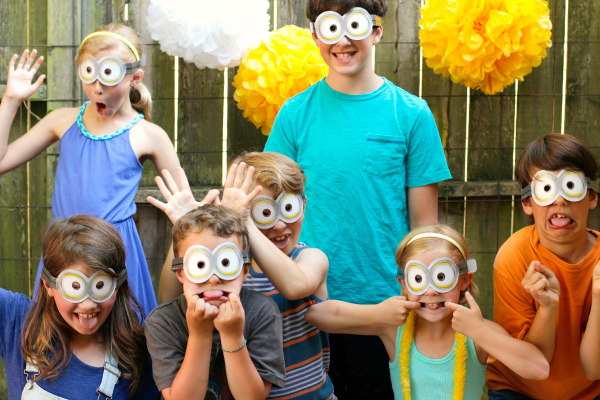 Silly Minions Googles to Wear