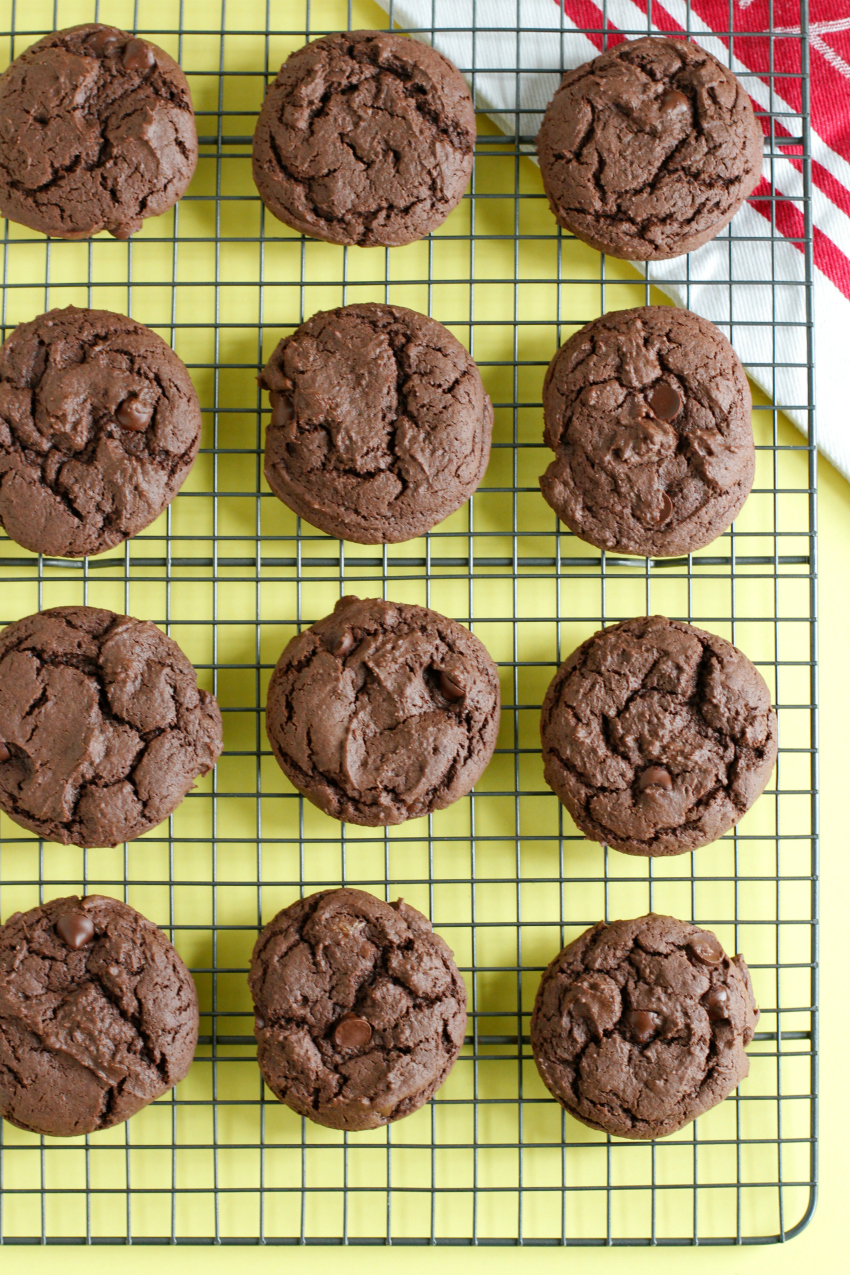 Simple Cake Mix Cookies Chocolate Recipe