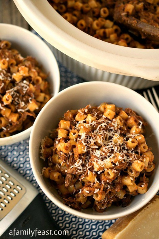 Slow-Cooker-Beefy-Mac