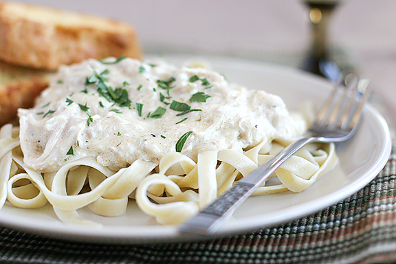 Slow-Cooker-Chicken-Fettuccine-recipe