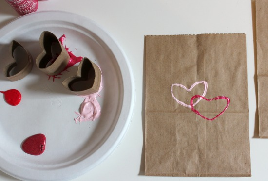 Stamping Hearts on Paper Bags makeandtakes.com