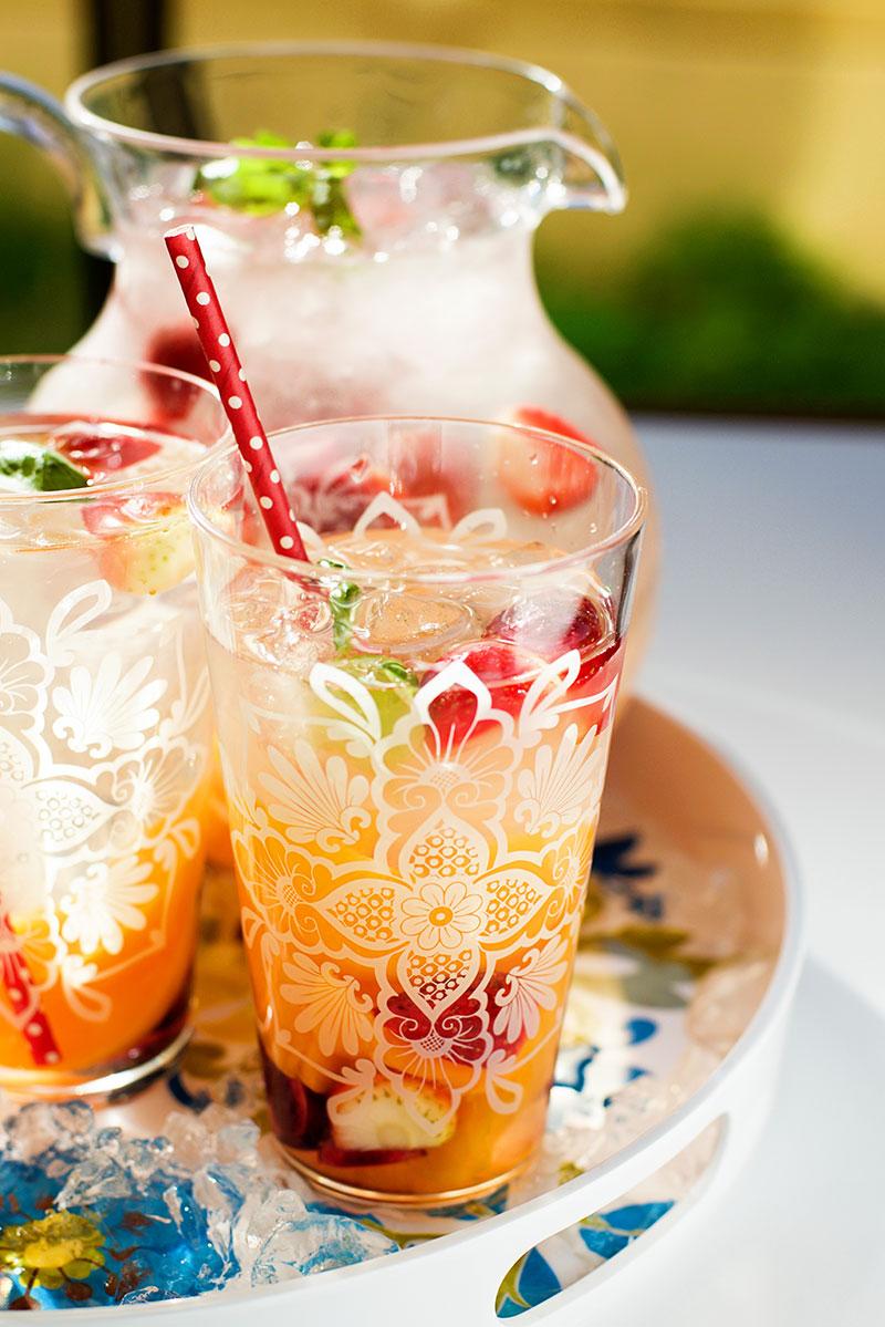 Strawberry and Peach Sangria recipe