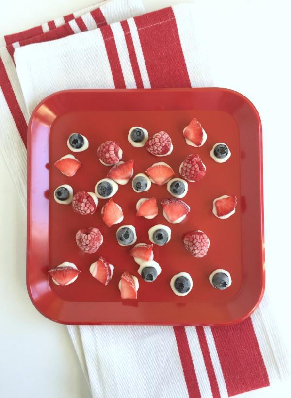 Sweet Frozen Yogurt Fruit Dots