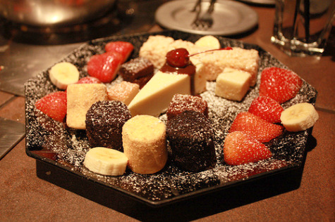 The Melting Pot Dessert Fondue