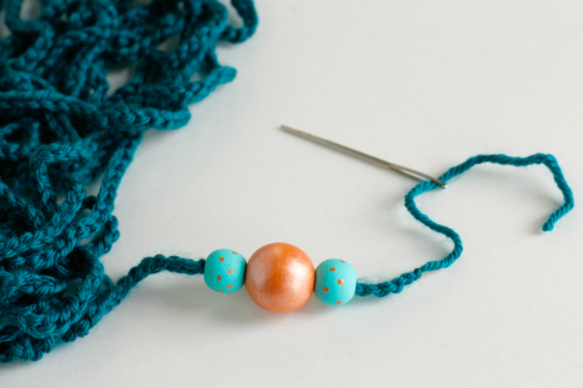 Threading Painted Wood Beads to a Crochet Chain Stitch Necklace