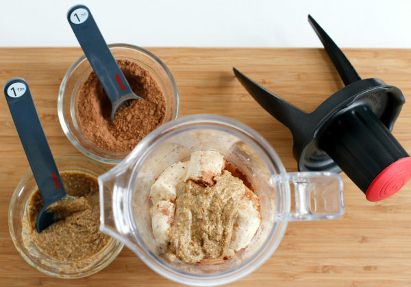 Twister Blendtec Blender with Chocolate Almond and Banana Pudding