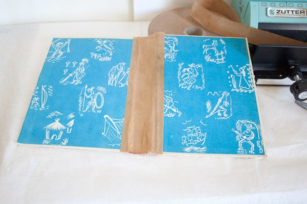Vintage Book Cover Journal by Francine Clouden at Make & Takes-7