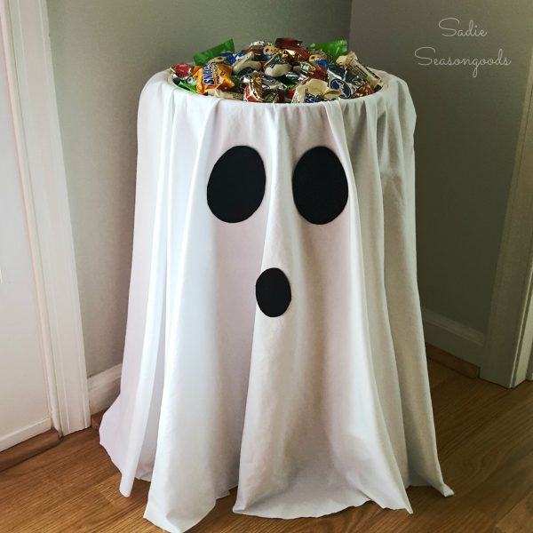 DIY Ghost Halloween Candy Bowl Holder