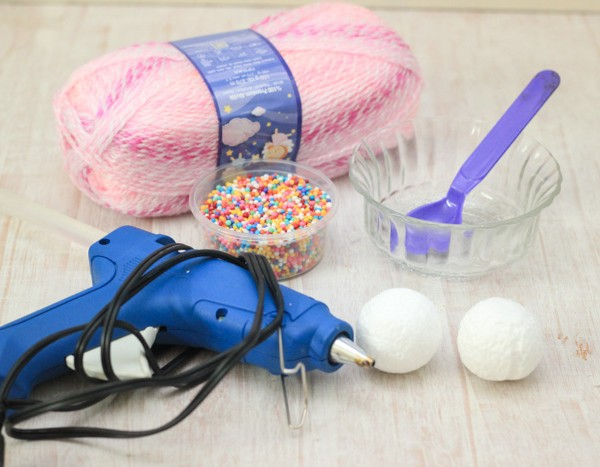 Yarn Wrapped Ice Cream Sundae Supplies