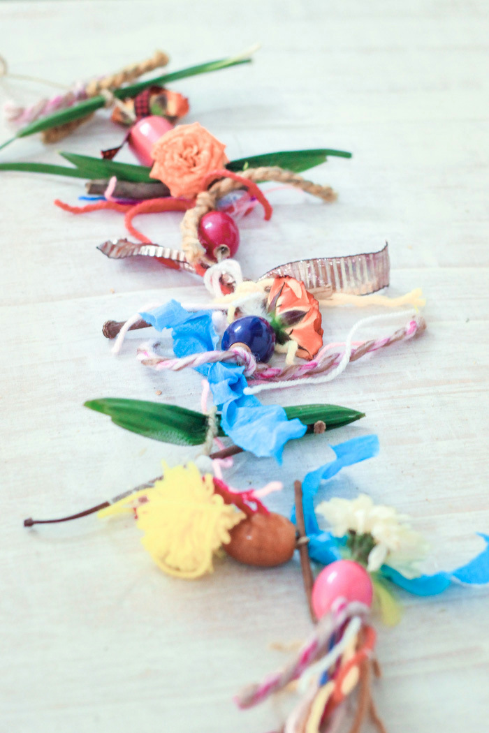 Yarn-scrap-nesting-mobiles this spring