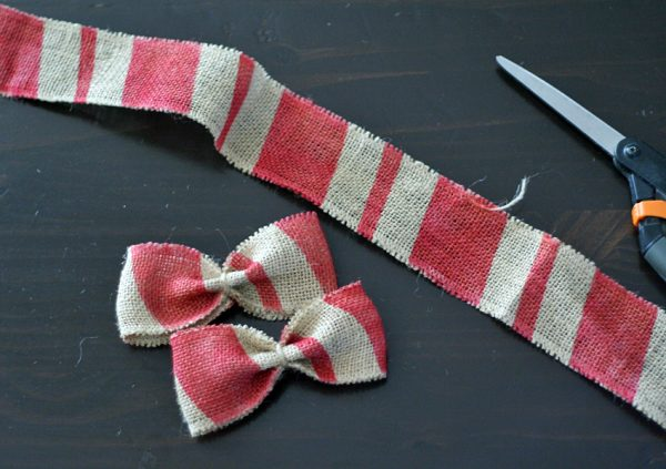Airbrushed burlap ribbon bow