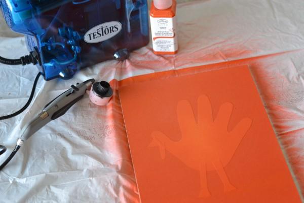 Spray painting handprint