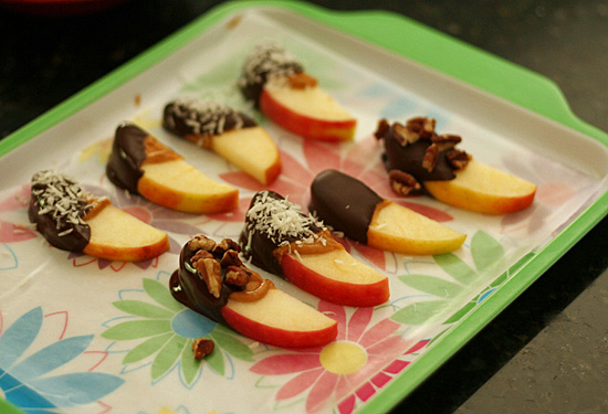Chocolate peanut butter apples
