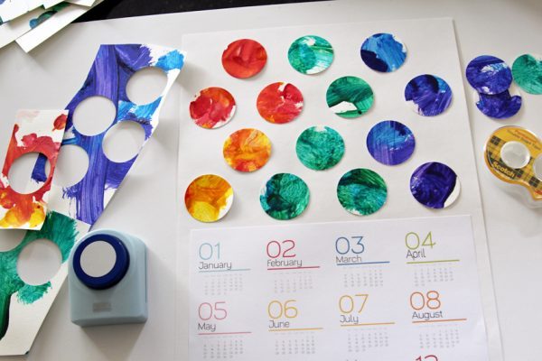 Kids' artwork yearly calendar craft idea