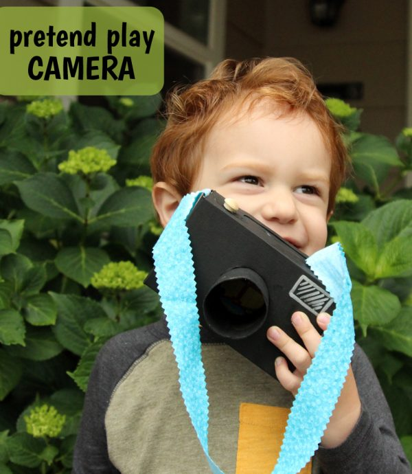 Craft a simple cardboard camera for pretend play