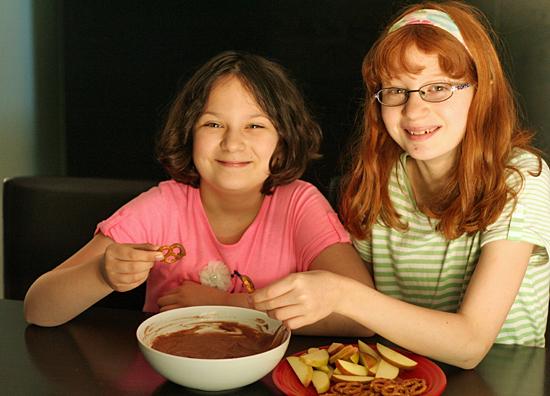 Chocolate yogurt dip for kids