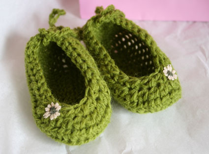 Crocheting Booties : Crochet baby booties
