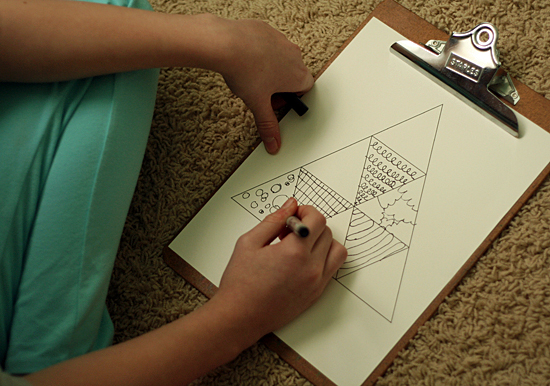 Free Doodle Tree Printable for kids to color @makeandtakes.com
