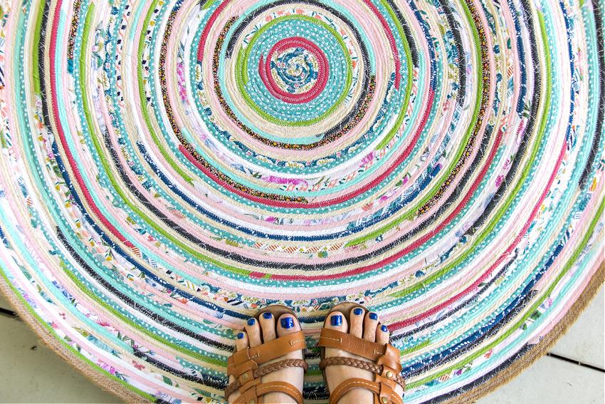 finished DIY rag rug